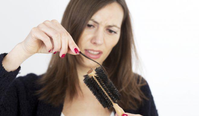 Выпадение волос у женщин вызывает пониженный прогестерон