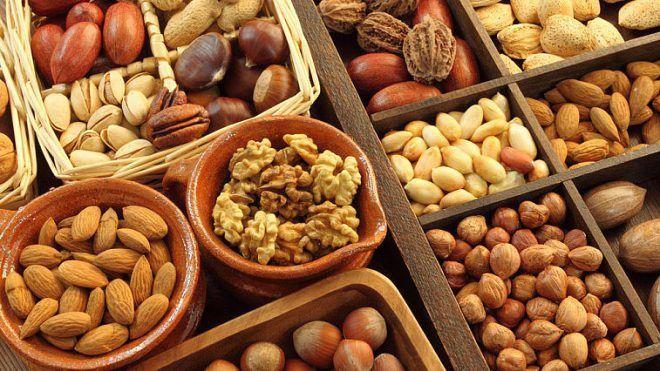 Орехи и семечки повысят тестостерон у женщин